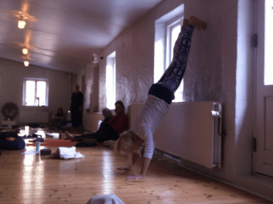Yoga at the wall Hamsa Yoga Nørrebro