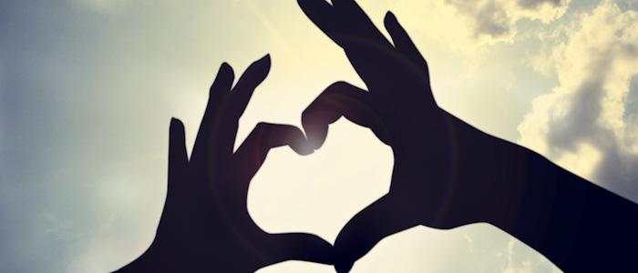 Yogiblogger Vivi Lund: At røre sine tæer – eller at røre sit hjerte…
