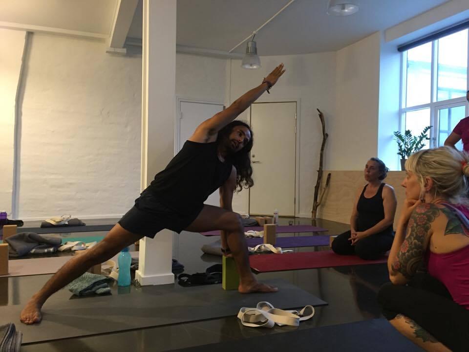 Yogalove.dk anmeldelse af The Health of the Back