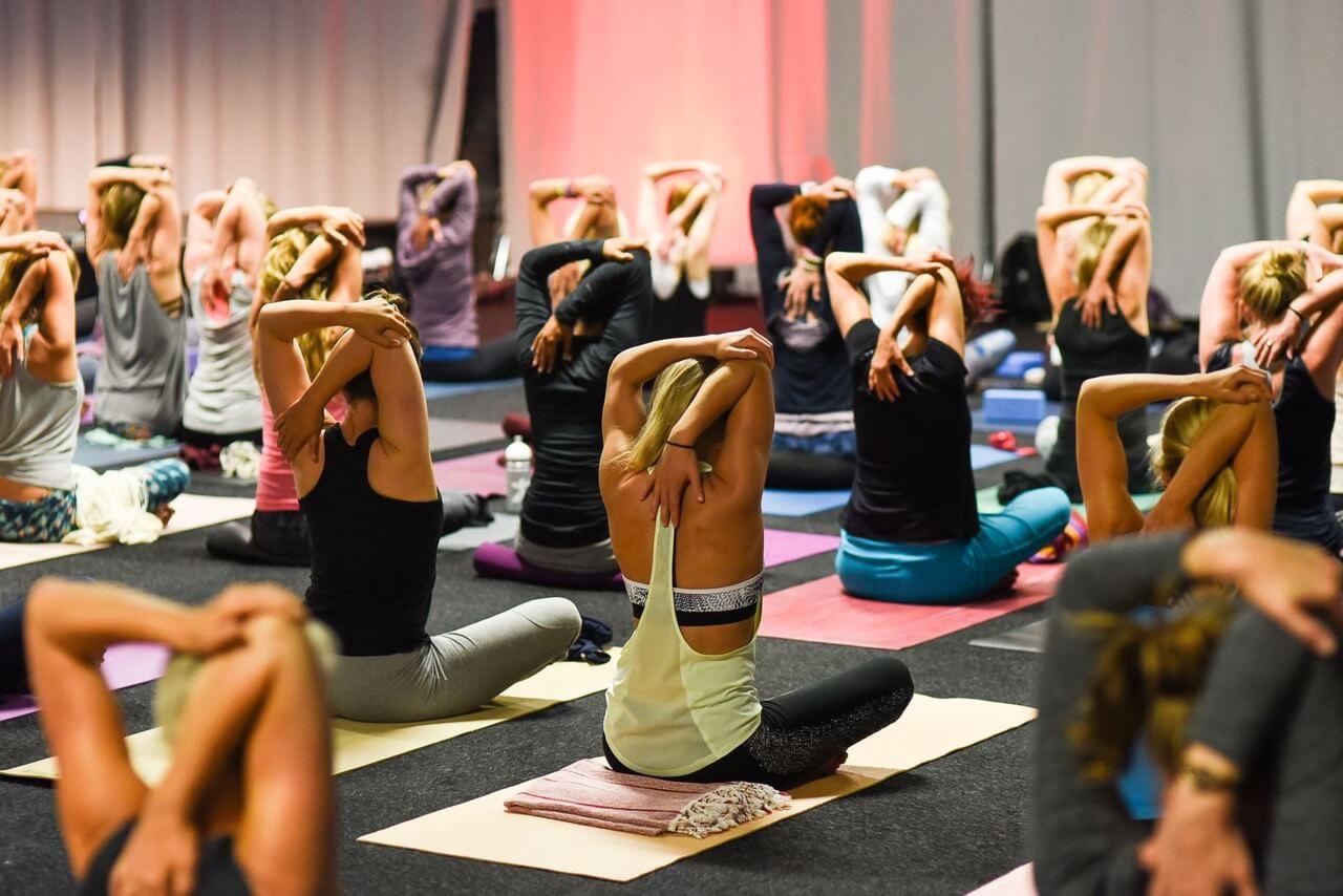 Yoga til overflod – med udsigt over Stockholm