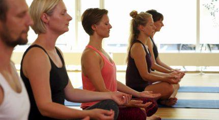Yogalæreruddannelse hos Nordisk Yoga i Odense